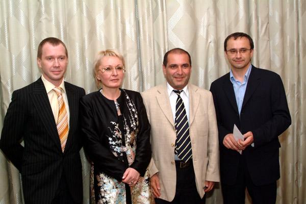с Евгением Мировновым (справа) и Евгением Звягинцевым (слева)