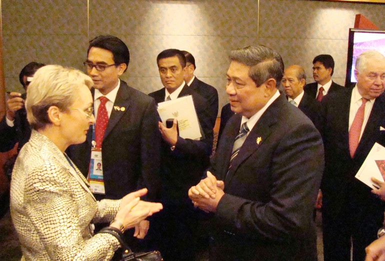 с Президентом республики Индонезия г-ном Сусило Бамбангом
