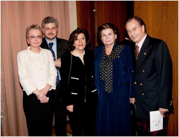 с первой женщиной космонавтом Терешковой В.В. и графом П.П. Шереметьевым
