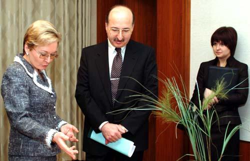 с председателем совета директоров компании «Вимм-Биль-Данн» Давидом Якобошвили